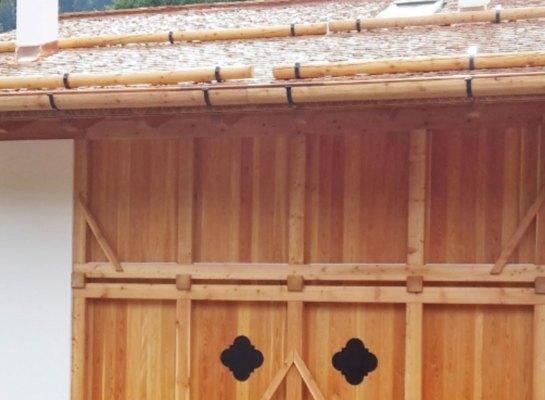 Casa tradizionale in legno a Pellizzano